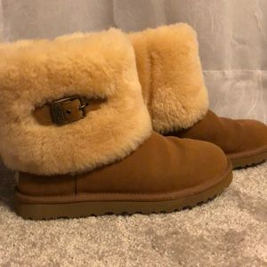 Genuine Ugg Fold Over Elle boots Size 8 EUC